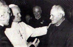 11Cernet s papezem manjsa