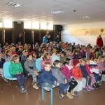 Domače pravljice očarale otroke_<em>Entusiasmo per le fiabe di casa</em>