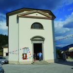 Plestiščani spet v svoji cerkvi_<em>Platischis ha di nuovo la sua chiesa</em>